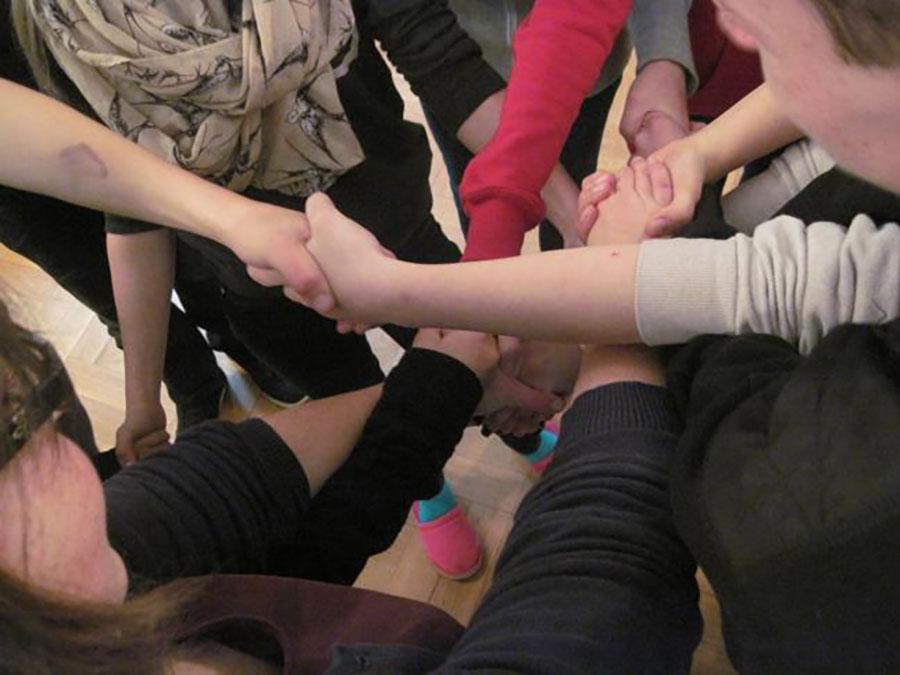 Neues Projekt startet: Brückensteine für Careleaver in Sachsen